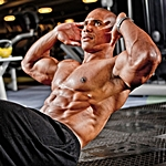 UK Musclemania Champion & Fitness Model Roger Snipes Talks With Simplyshredded.com